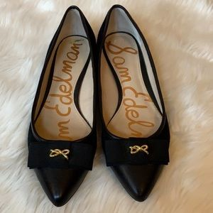 Sam Edelman Lizzie black pointed toe flats Size 9